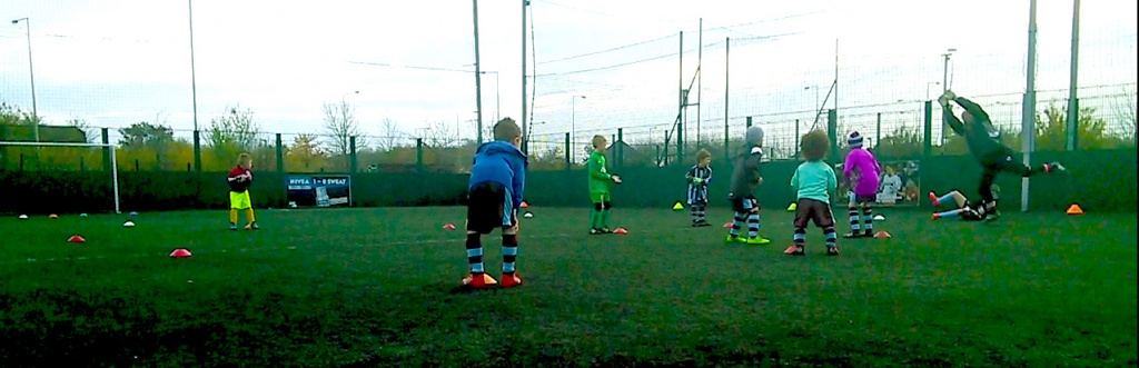 U7 Whirlwinds & Hurricanes In Goalkeeping Action !
