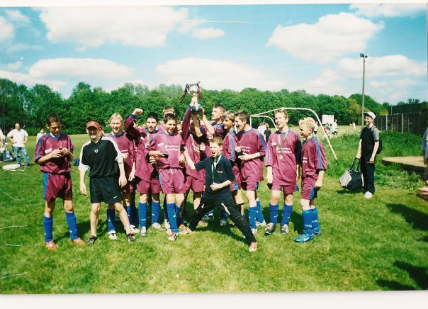 2003 U14 League Cup Winners vs Newport Pagnell (5-3):- Captain Nick Skolsky (hat trick) plus goals from Lewis Clarke and Liam Wright. Managed by Rob Cain and Adrian Clarke.