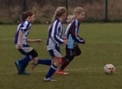 Charlotte running at goal